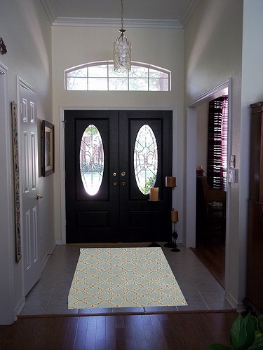 entry with slate rug