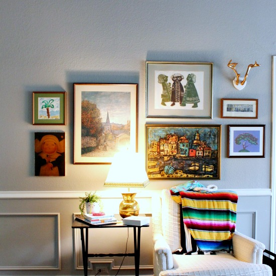 Hi Sugarplum | How to Build a Gallery Wall