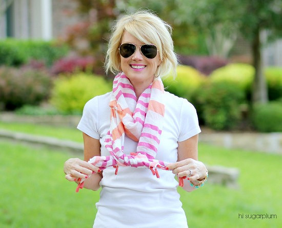 Hi Sugarplum | How to Tie a Scarf