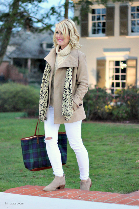 Hi Sugarplum | White Jeans in Winter