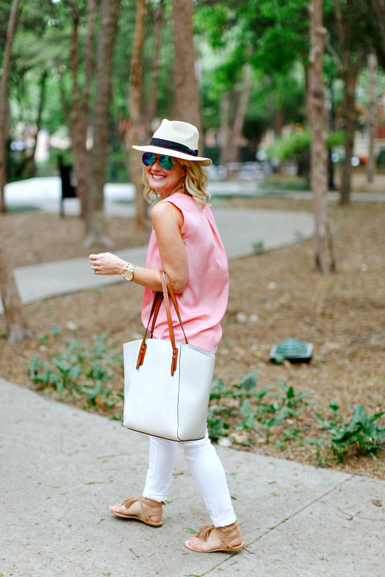 white jeans fedora spring outfit