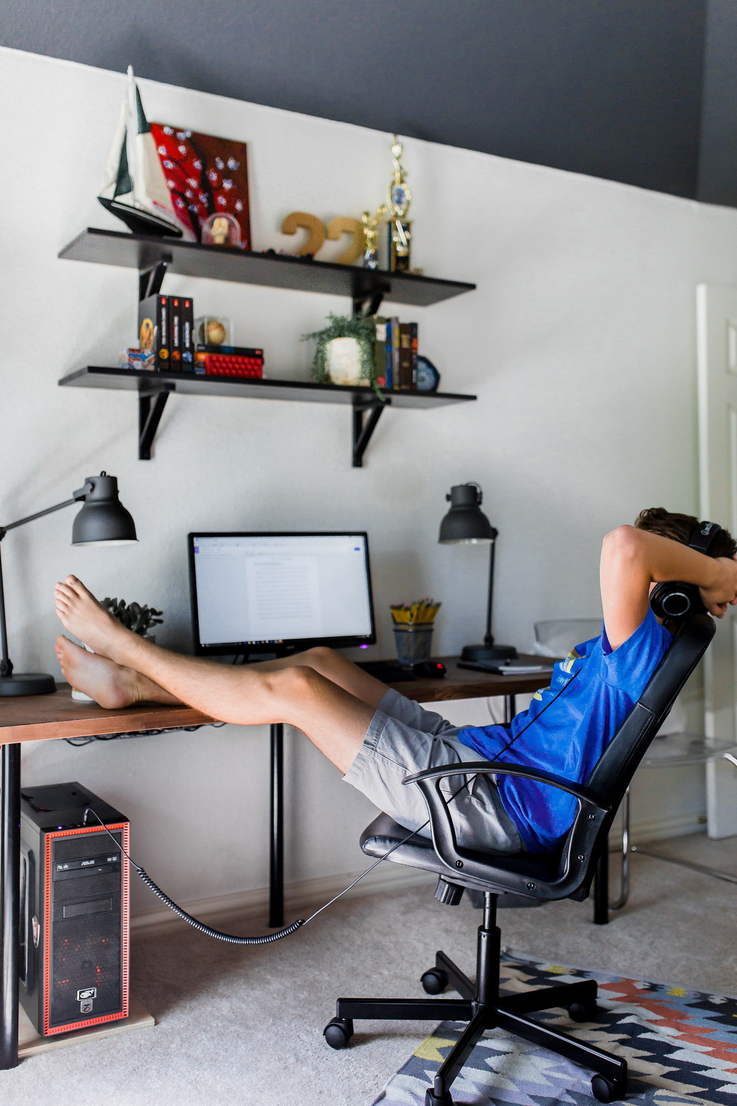 A Teenage Space For Work Play