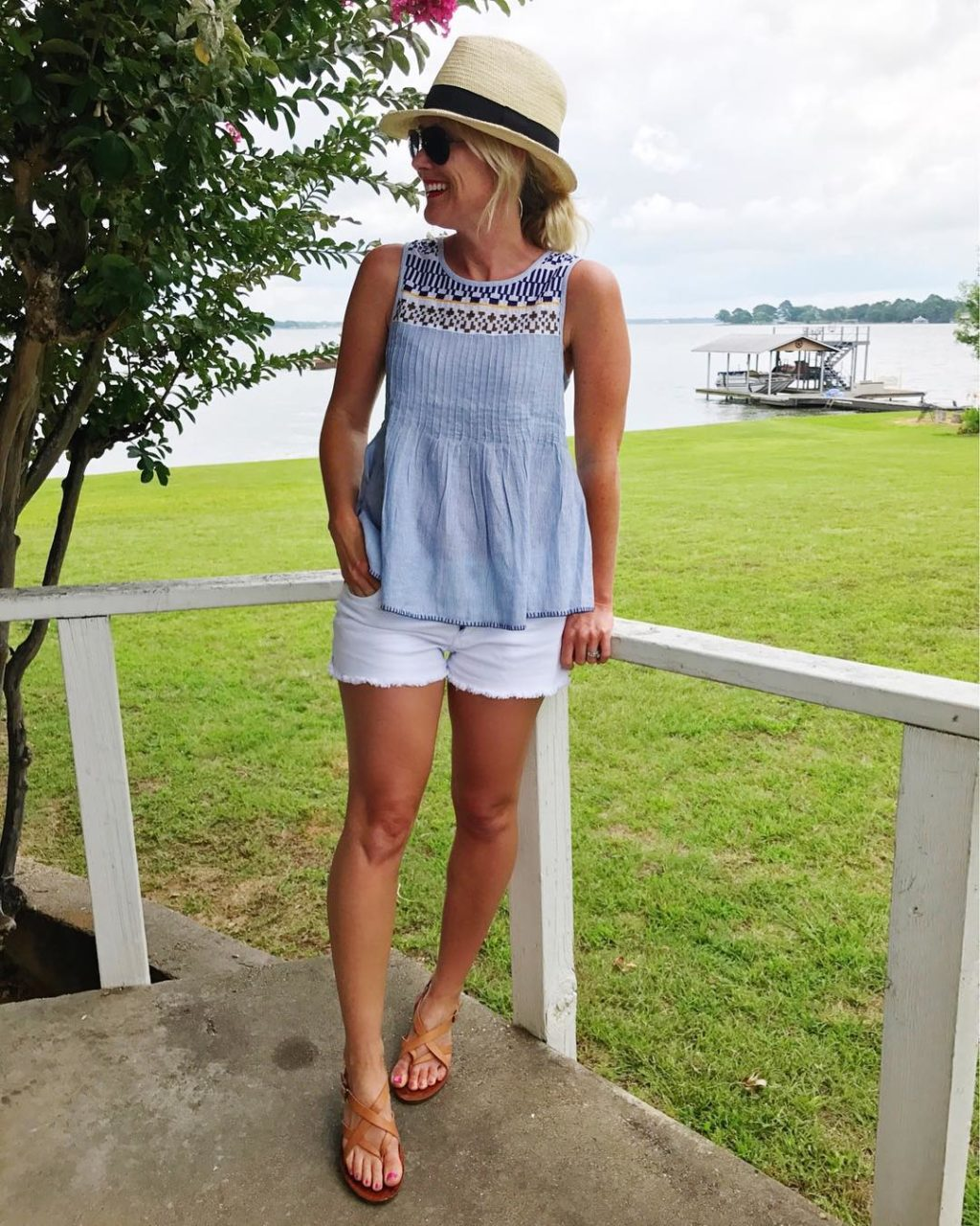 lucky brand smocked top white cut offs
