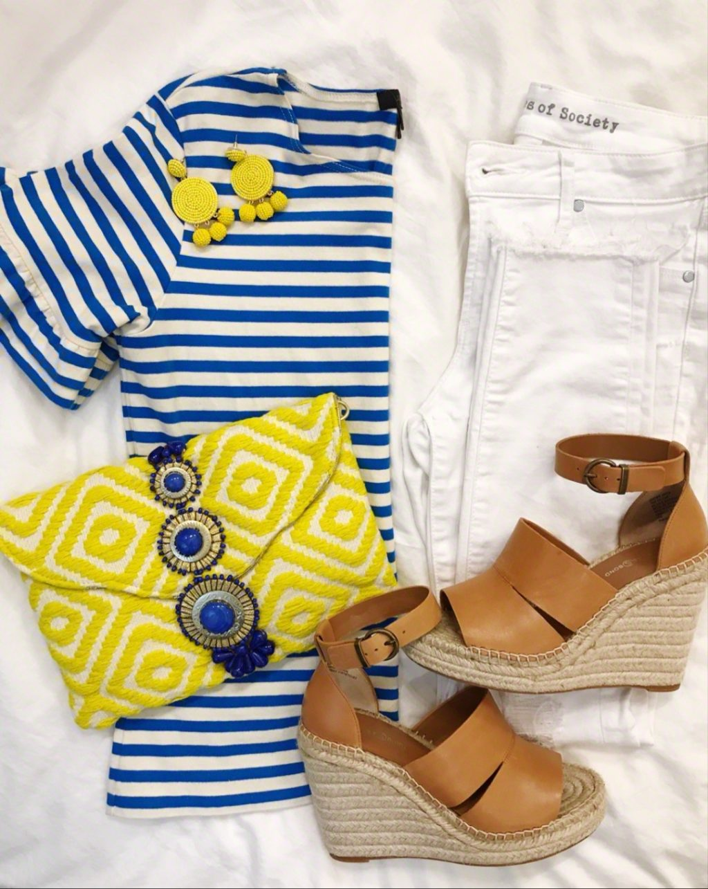 blue and yellow spring outfit