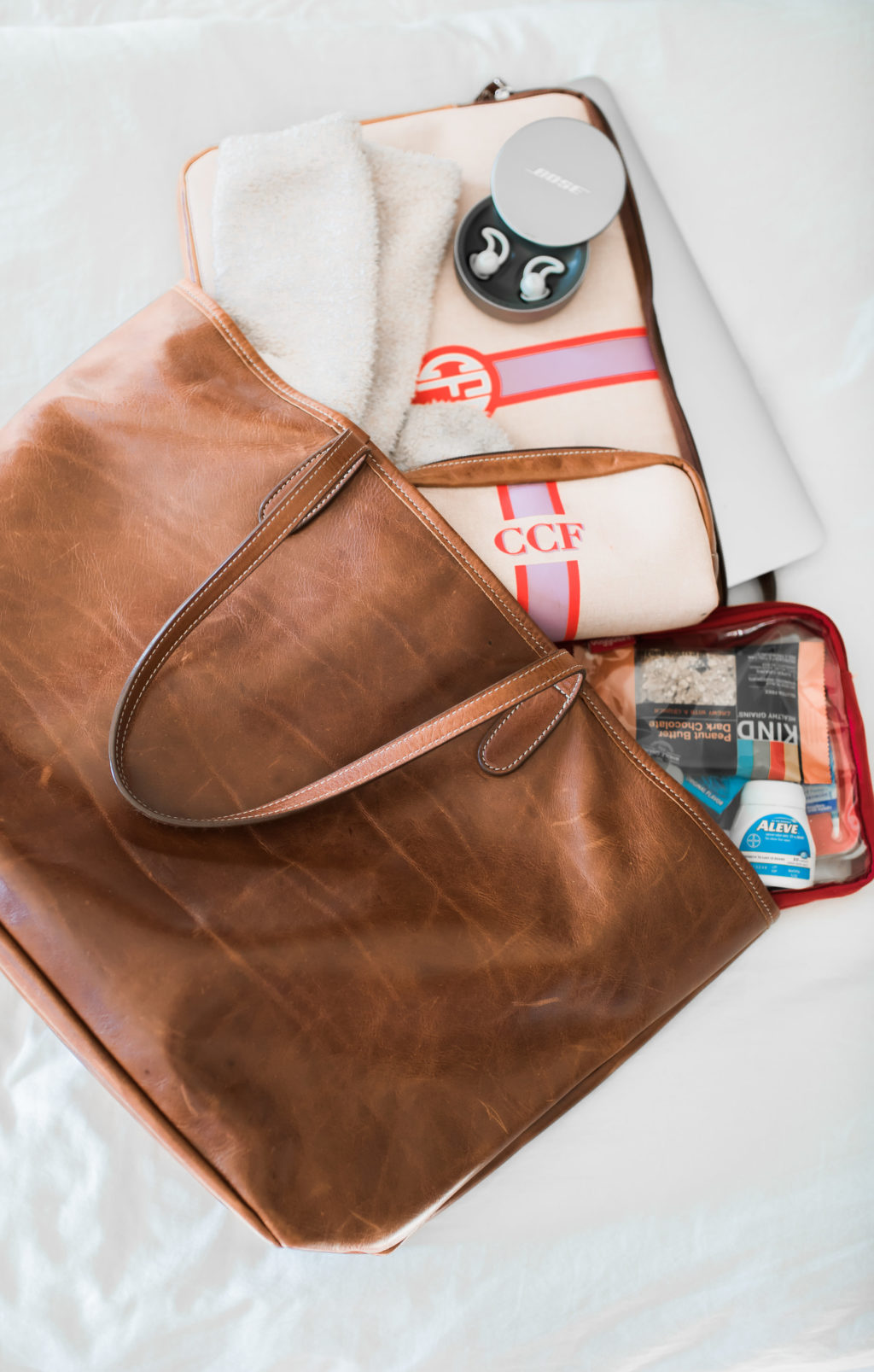 what to pack in a light carry on bag